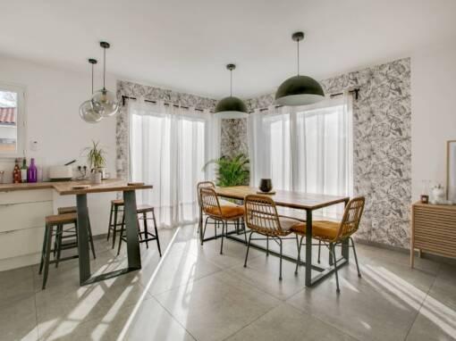 Aménagement et Décoration Maison style moderne et industriel 90m2 à Tosse (40)