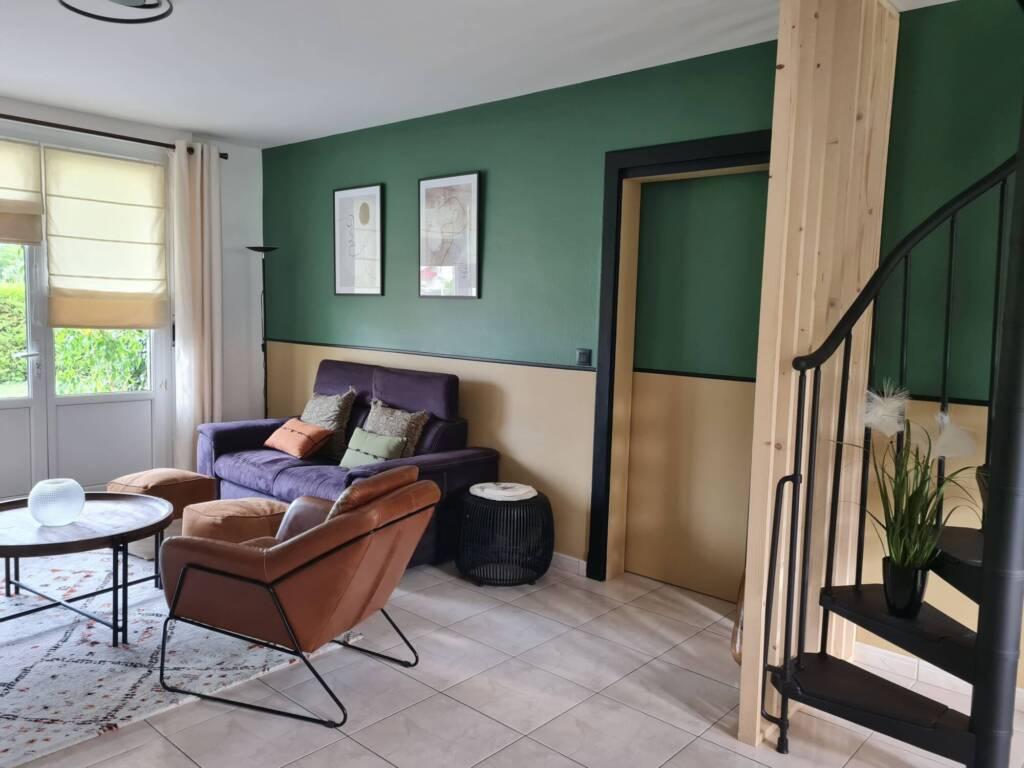 Décoration salon vert et ocre chaleureux - A.L CONCEPT DECO Landes&Pays Basque
