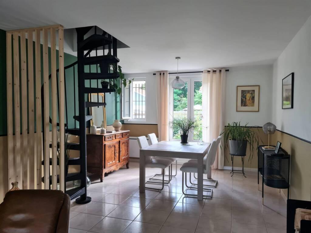 Décoration vue salle à manger style classique vert et ocre - A.L CONCEPT DECO Landes&PaysBasque
